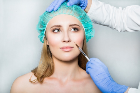 Medical Aesthetician vs  Spa Esthetician | Blog | Clinique