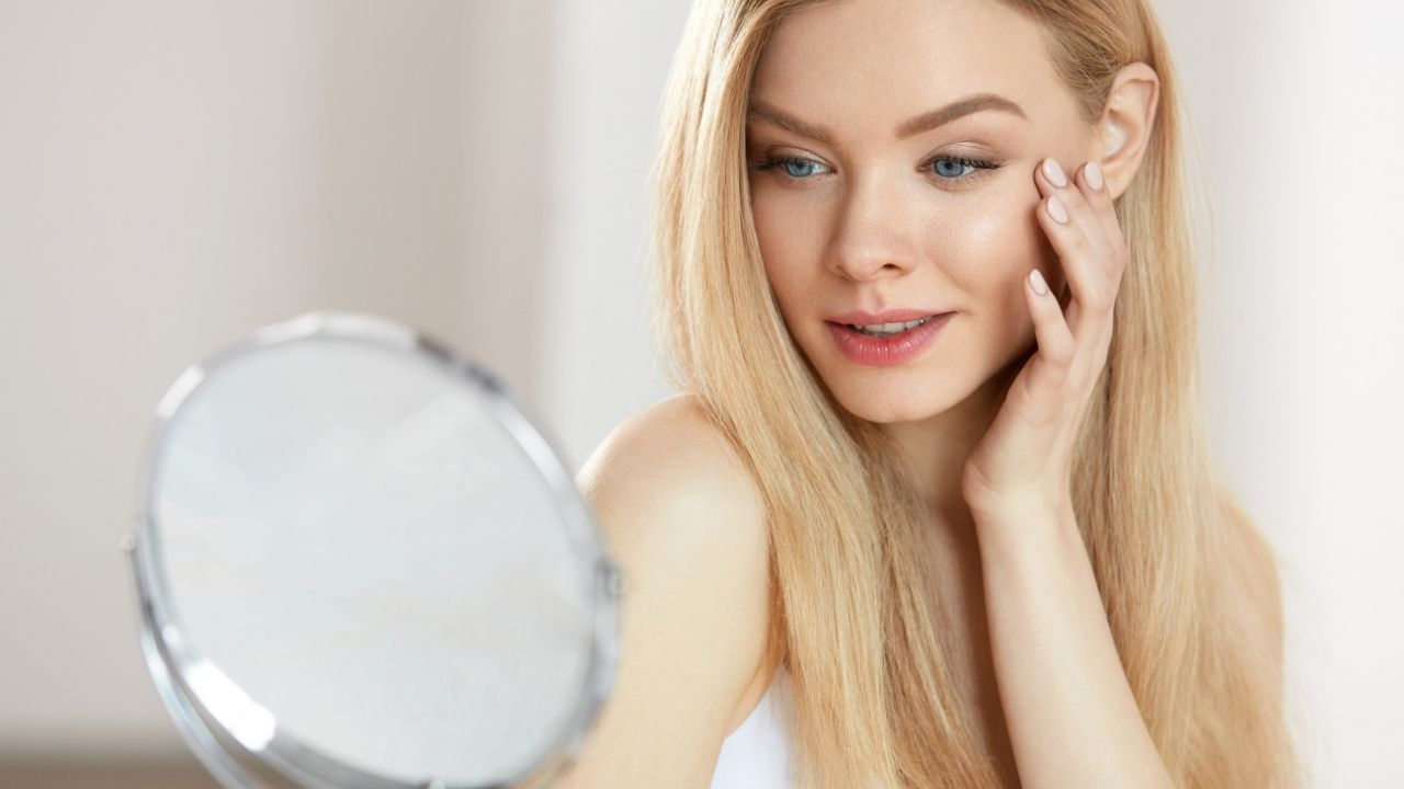 A woman with clear skin from a Skinceuticals chemical peel