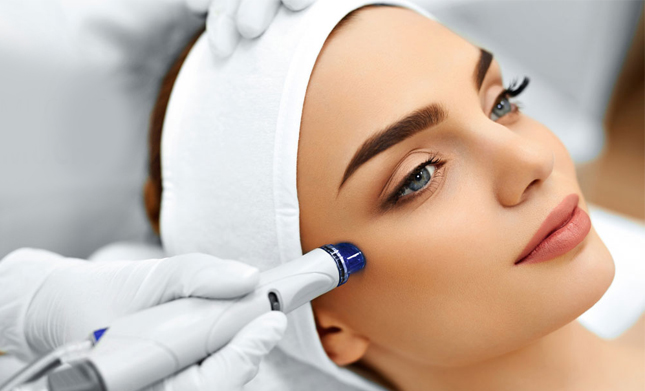 What Occurs During A HydraFacial